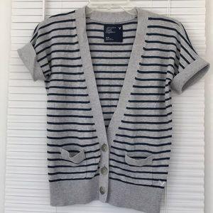 American Eagle Cardigan Sweater M